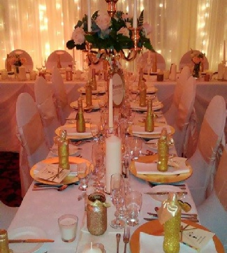 Gold Charger Plates to hire | Champagne Blush Weddings | Events | Carlisle | Cumbria | Gretna
